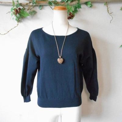 株)ワールド / クチュールブローチ Couture brooch バック リボン の 可愛い ニット セーター 紺 38