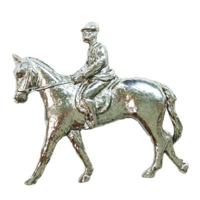 ピューター製 ピンバッジ ラペルピン 乗馬 英国 A.E.Williams