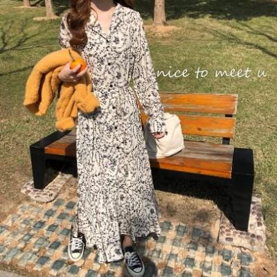 2020年の新しい韓国のレトロ気質Vネック花柄のスカートは、長い緩いシフォンボトミングドレスの女性の夏