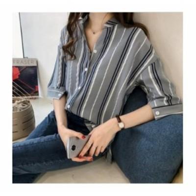 LAZA ブルー Mサイズ Vネックシャツ