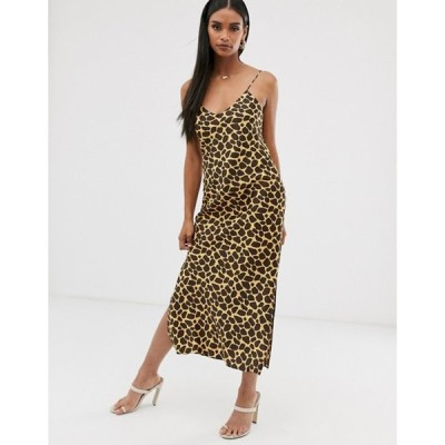 エイソス レディース ワンピース トップス ASOS DESIGN satin cami maxi slip dress in animal print