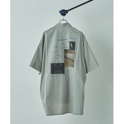 5分袖グラフィックプリントシャツ