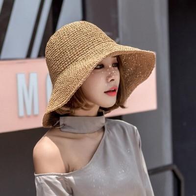 ラージエッジ手作りかぎ針編みの日よけ麦わら帽子女性の夏の日焼け止め漁師の帽子折りたたみビーチ帽子海辺の休日の太陽の帽子