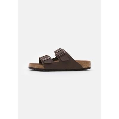 ビルケンシュトック サンダル メンズ シューズ ARIZONA VEGAN FOOTBED - Slippers - saddle matt brown