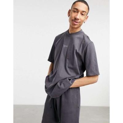 リーボック 半袖Tシャツ メンズ Reebok Classics co-ord t-shirt in washed black エイソス ASOS ブラック 黒