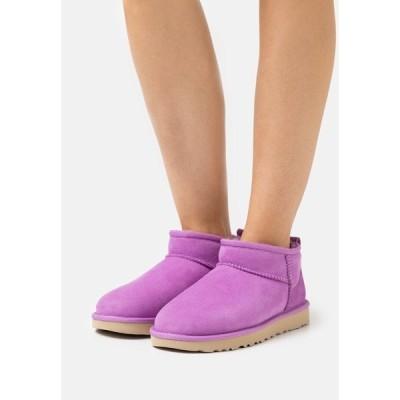 アグ ブーツ&レインブーツ レディース シューズ CLASSIC ULTRA MINI - Ankle boots - magnolia