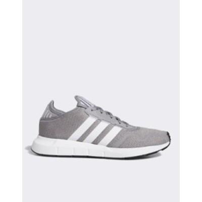 アディダス メンズ スニーカー シューズ adidas Originals Swift Run X sneakers in gray and white Gray/white