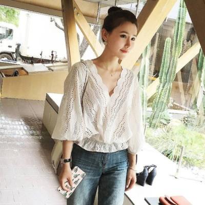 透かし刺繍 レースシャツ 7分丈 ゆったりスタイル スカラップ袖 Vネット おでかけ デート
