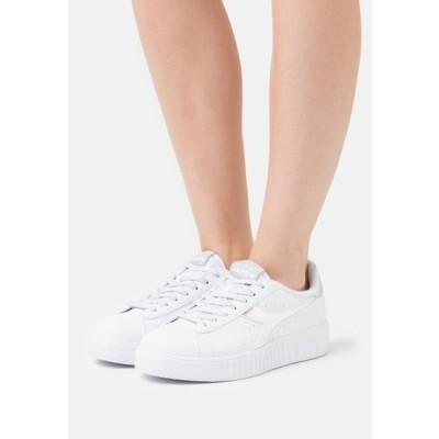 ディアドラ レディース 靴 シューズ GAME STEP - Trainers - aluminum