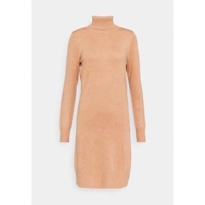 サントロペ ワンピース レディース トップス MILASZ ROLLNECK DRESS - Jumper dress - pecan brown