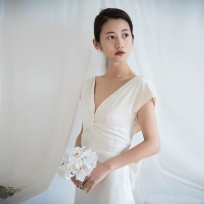 ウェディングドレス ウェディングドレス白 パーティードレス V襟 露背 簡約 花嫁ロングドレス 結婚式 トレーンライン 二次会 エレガント お呼ばれ