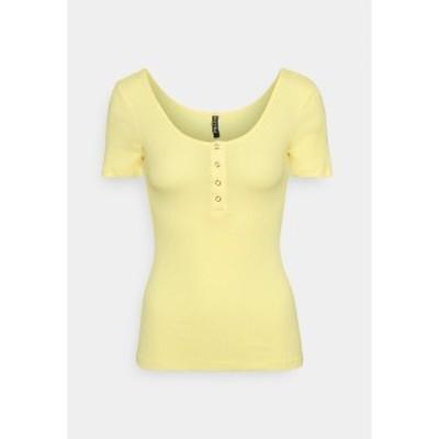 ピーシーズ トール レディース Tシャツ トップス PCKITTE - Print T-shirt - pale banana pale banana