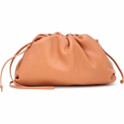 ボッテガ ヴェネタ Bottega Veneta レディース クラッチバッグ バッグ The Mini Pouch leather clutch Clay/Gold