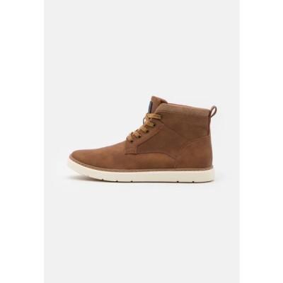 スティーブマデン メンズ 靴 シューズ MOROU - Lace-up ankle boots - cognac