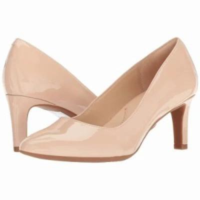 クラークス パンプス Calla Rose Cream Patent Leather