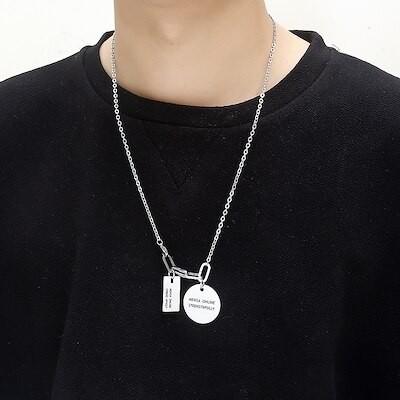 個性的なヒップホップの復古の丸い札はセーターの鎖にぶら下がって原宿街頭の百合チタンの鋼の鎖に掛かりますT-N348