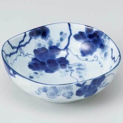 和食器 小鉢 小付/ 藍染ぶどう三角3.5鉢 /珍味鉢 陶器 業務用 家庭用 Small sized Bowl