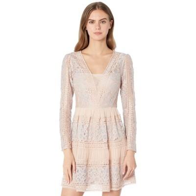 ビーシービージーマックスアズリア レディース ワンピース トップス Long Sleeve Lace Cocktail Dress