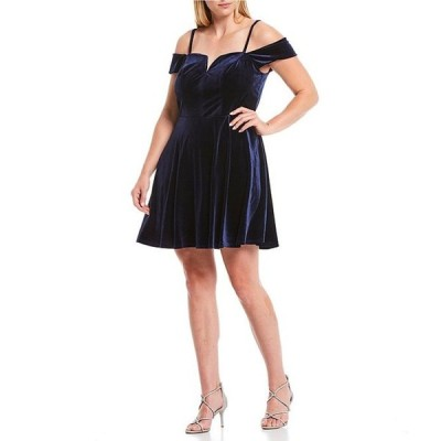 シティヴァイブ レディース ワンピース トップス Plus Off-The-Shoulder Velvet Skater Dress