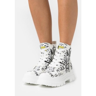 バッファロー レディース 靴 シューズ VEGAN ASPHA LACE UP - Platform ankle boots - white