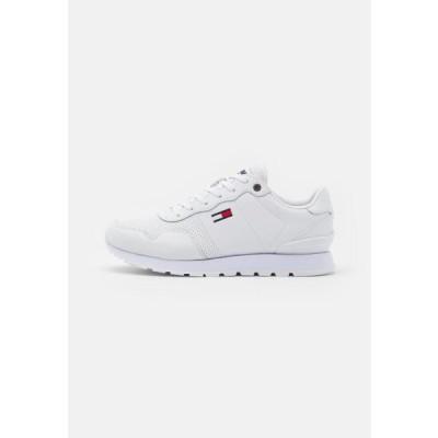 トミージーンズ メンズ 靴 シューズ LIFESTYLE LEA RUNNER - Trainers - white