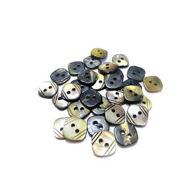 32% off 大量 手芸 素材 縫製材料 11mm 対角線の長さ 縁カット 表2穴 黒蝶貝 ボタン 50個入り