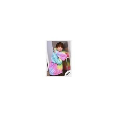 中古生写真(ジャニーズ) HiHi Jets/井上瑞稀/膝上・衣装ピンク.青.緑・左手人差し指立て・寄りかかり・右向き/「アクリルスタンドII」オ