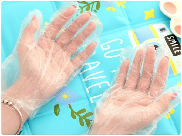 【手扒雞手套】100入拋棄式手套 50雙一次性手套 衛生環保餐飲透明薄膜PE手套 染髮美容