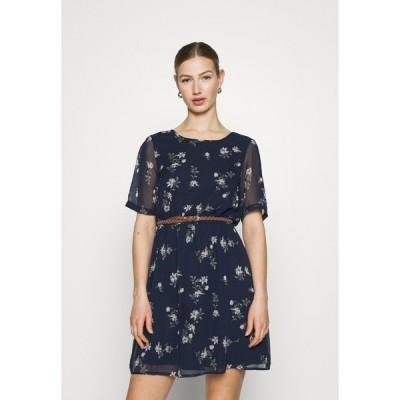 ヴェロモーダ ワンピース レディース トップス VMFALLIE BELT DRESS - Day dress - navy blazer/newhallie