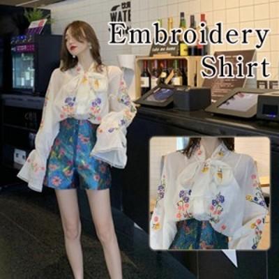 ブラウス シャツ トップス 長袖 刺繍 花柄 シフォン かわいい リボン ベルスリーブ レディース ホワイト フリーサイズ