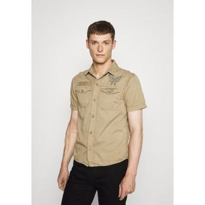 スコット シャツ メンズ トップス VICTORY - Shirt - army beige