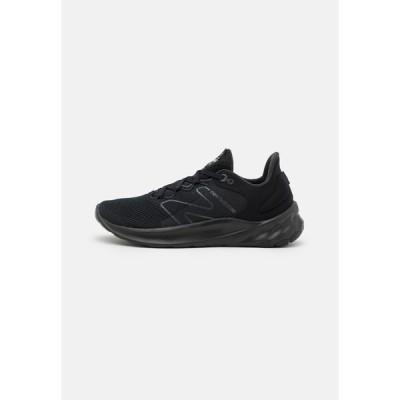 ニューバランス シューズ メンズ ランニング ROAV SPORT PACK - Neutral running shoes - black