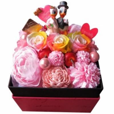 結婚祝いプレゼント ドナルド デージー 花束風 箱を開けてサプライズ 人気 フラワーボックス レインボーローズ プリザーブドフラワー入り