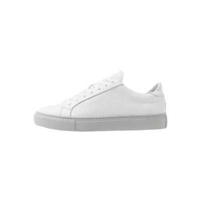 ガーメント プロジェクト スニーカー メンズ シューズ TYPE - Trainers - white/light grey