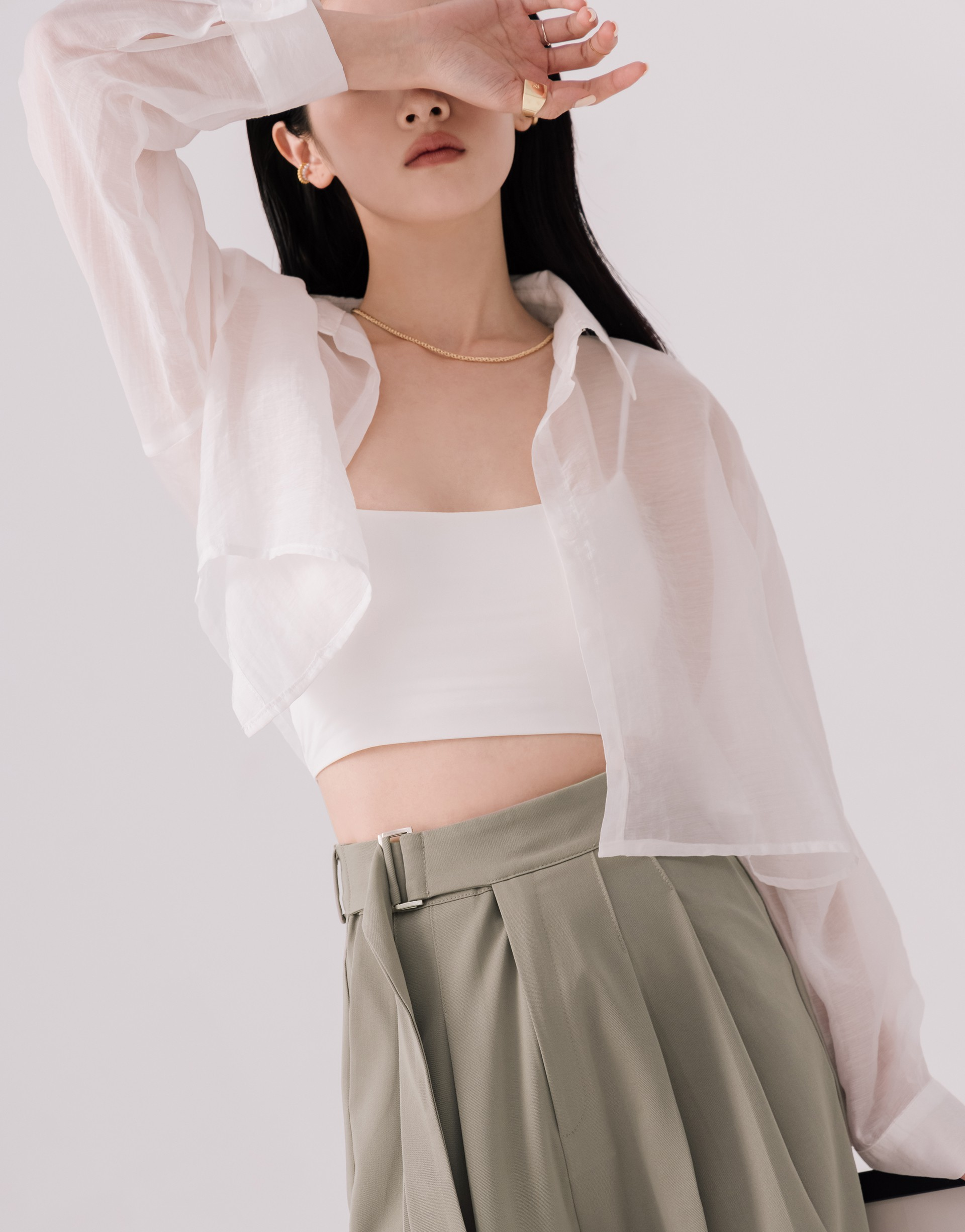 小設計短版透肌襯衫-PAZZO