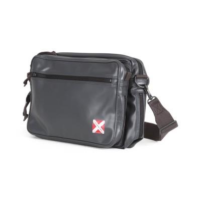 【カバンのセレクション】 吉田カバン ラゲッジレーベル ライナー ショルダーバッグ メンズ レディース 赤バッテン B5 LUGGAGE LABE 951-09240 ユニセックス ブラック フリー Bag&Luggage SELECTION