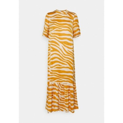 サントロペ ワンピース レディース トップス FABIANA DRESS - Maxi dress - fall leaf zebra