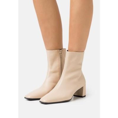 レディース 靴 シューズ TESSA - Classic ankle boots - toffee
