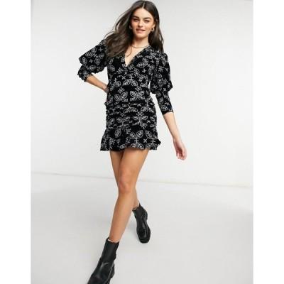 エイソス ミニドレス レディース ASOS DESIGN Mini Dress in Velvet Broderie with Puff Sleeve エイソス ASOS ブラック 黒