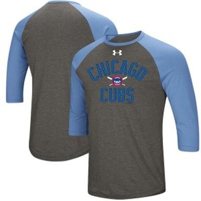 アンダーアーマー メンズ Tシャツ トップス Chicago Cubs Under Armour Tri-Blend Cooperstown Crossed Bats 3/4-Sleeve Raglan Performa