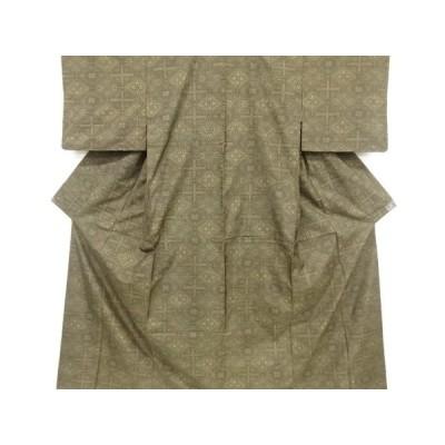 宗sou 斜め格子に花菱模様織出本場泥大島紬着物(7マルキ)【リサイクル】【着】