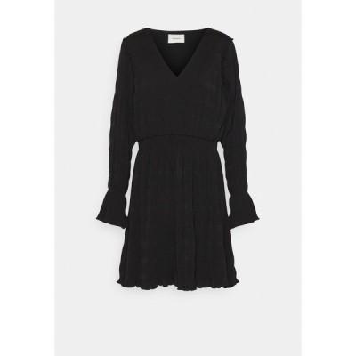 ホルツワイラー ワンピース レディース トップス RICA PLEAT DRESS - Day dress - black
