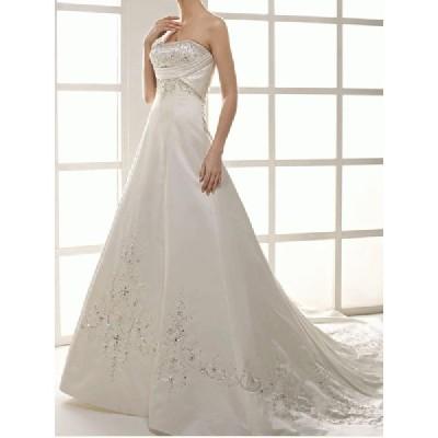 wdk1240 挙式や披露宴に輝くウエディングドレス