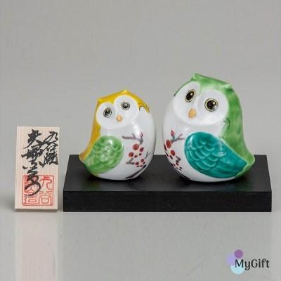 九谷焼 2.5号夫婦ふくろう 紅梅 K6-1541 置物 おすすめ おしゃれ かわいい 可愛い 人気 プレゼント 贈り物 内祝い お祝い