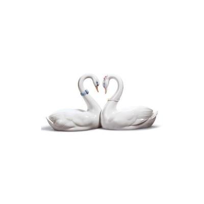 リヤドロ エンドレスラブ 01006585 白鳥 ブライダルギフトや結婚祝いに LLADRO □
