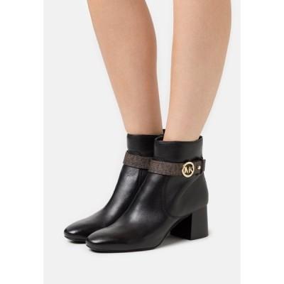 マイケルコース ブーツ&レインブーツ レディース シューズ ABIGAIL FLEX BOOTIE - Classic ankle boots - black/brown