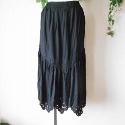 未使用 グラムディ ワークス GLAMDY WORKS レディース 用 カットワーク 刺繍 の 素敵 な 総 ゴム スカート