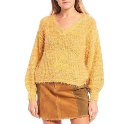 チェルシーアンドバイオレット レディース パーカー・スウェット アウター V-Neck Fuzzy Eyelash Sweater