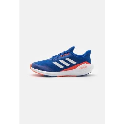 アディダス キッズ スポーツ用品 EQ21 RUN UNISEX - Neutral running shoes - team royal blue/footwear white/solar red