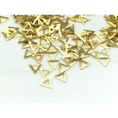 メタルパーツ ゴールド 三角 4mm 20個 ネイル レジン 材料 パーツ 素材